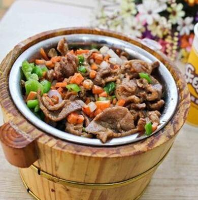 小饭桶烤肉拌饭