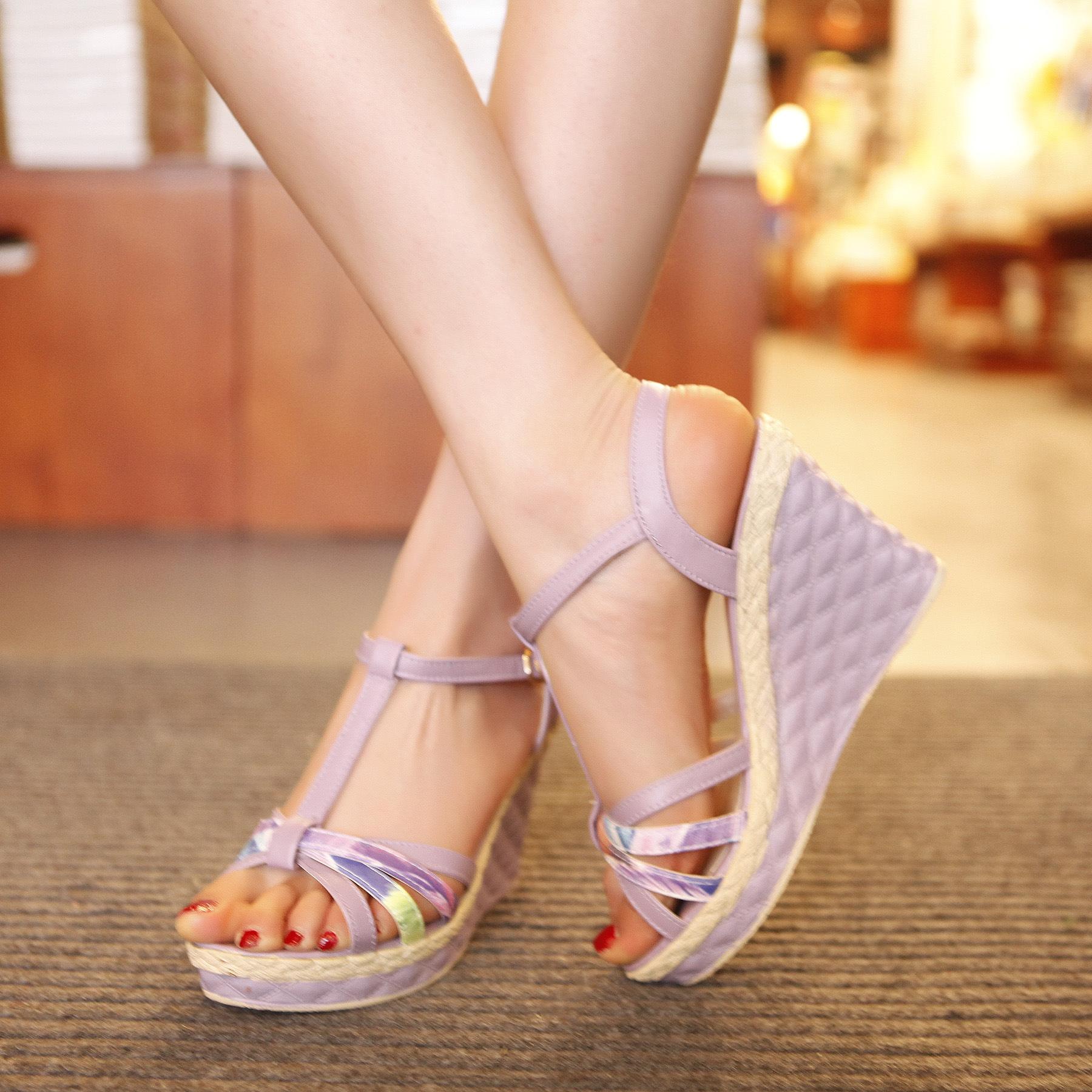 淘易铺鞋业