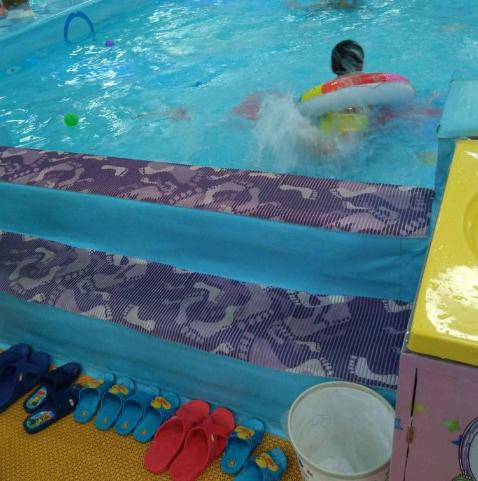 金色太阳婴儿游泳馆