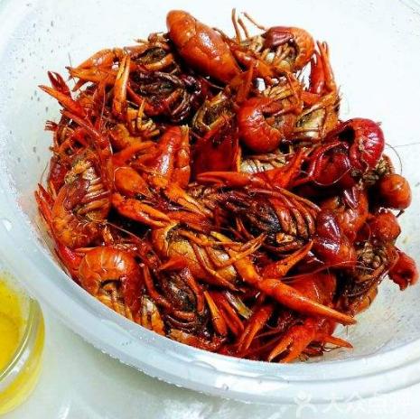 尹记香辣缘龙虾