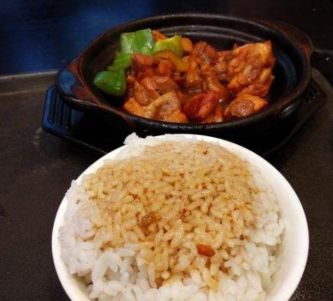 心品味黄焖鸡米饭