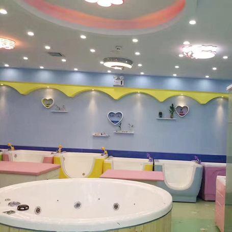 伊亲婴儿游泳馆