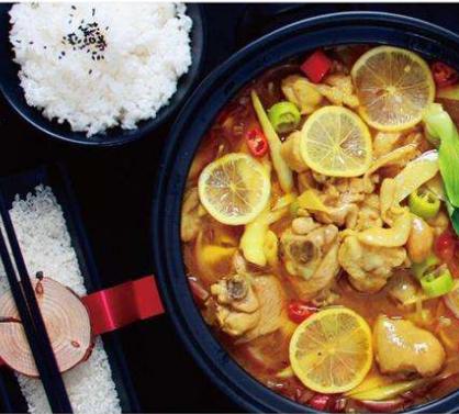 千语酸菜鱼米饭